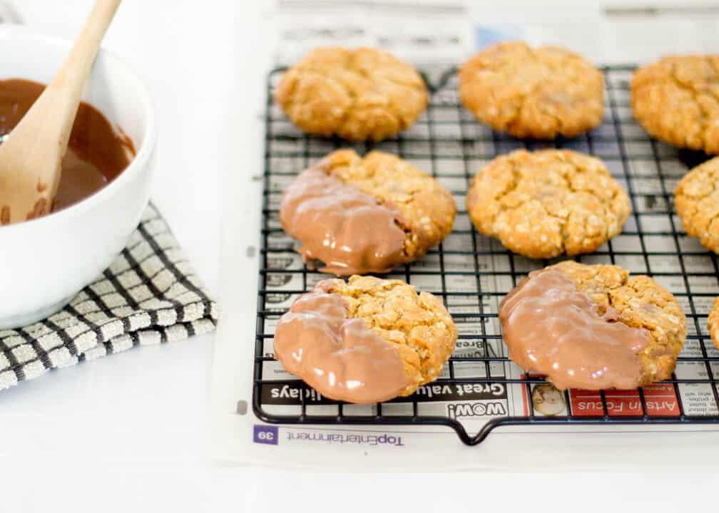 Copycat Chocolate HobNobs | Cookie | Biscuit | Oats