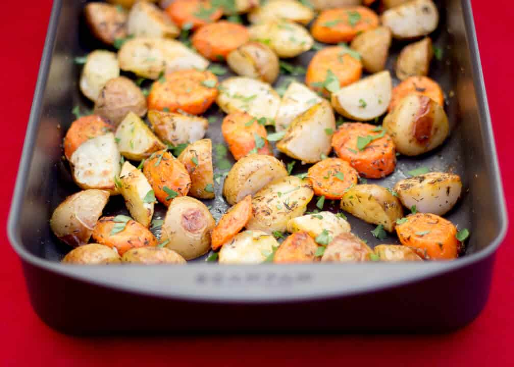 Ultimate Roast Vegetables | Christmas | Carrots | Potatoes | Parsnips