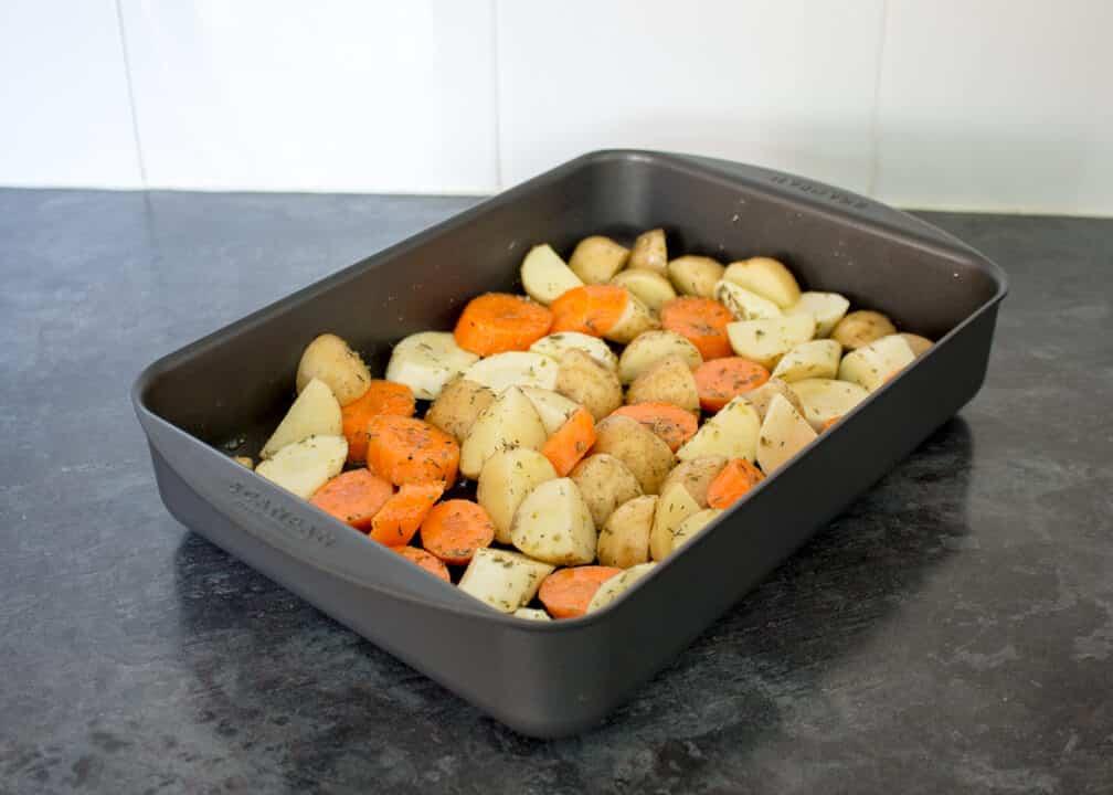 Ultimate Roast Vegetables | Christmas | Carrots | Potatoes | Parsnips