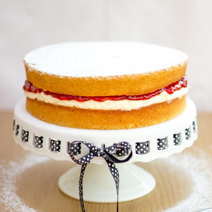 Easy Victoria Sandwich Cake Recipe