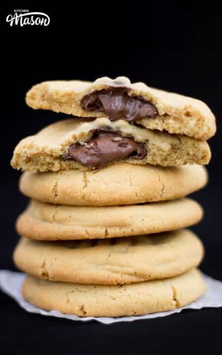 Nutella Stuffed Peanut Butter Cookies | Easy | Cookie | Chocolate