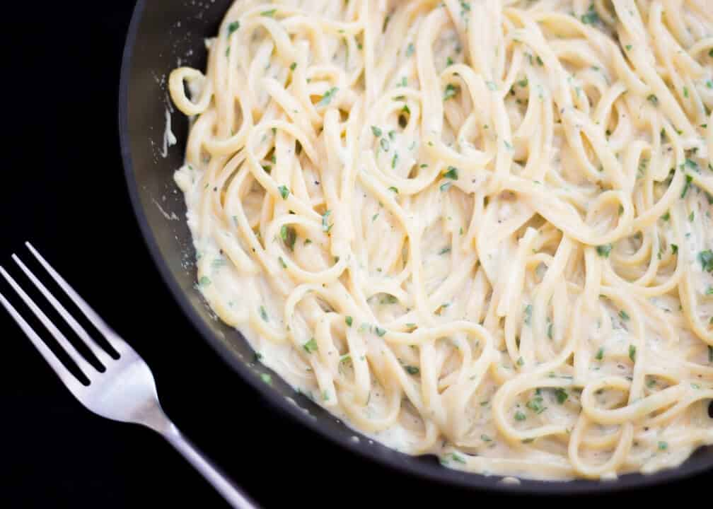 One Pot Creamy Garlic Pasta