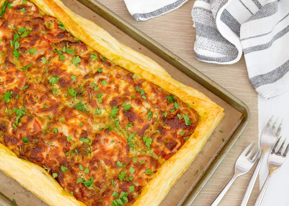 Easy Cheesy Tomato Tart - KitchenMason - Easy Step by Step ...