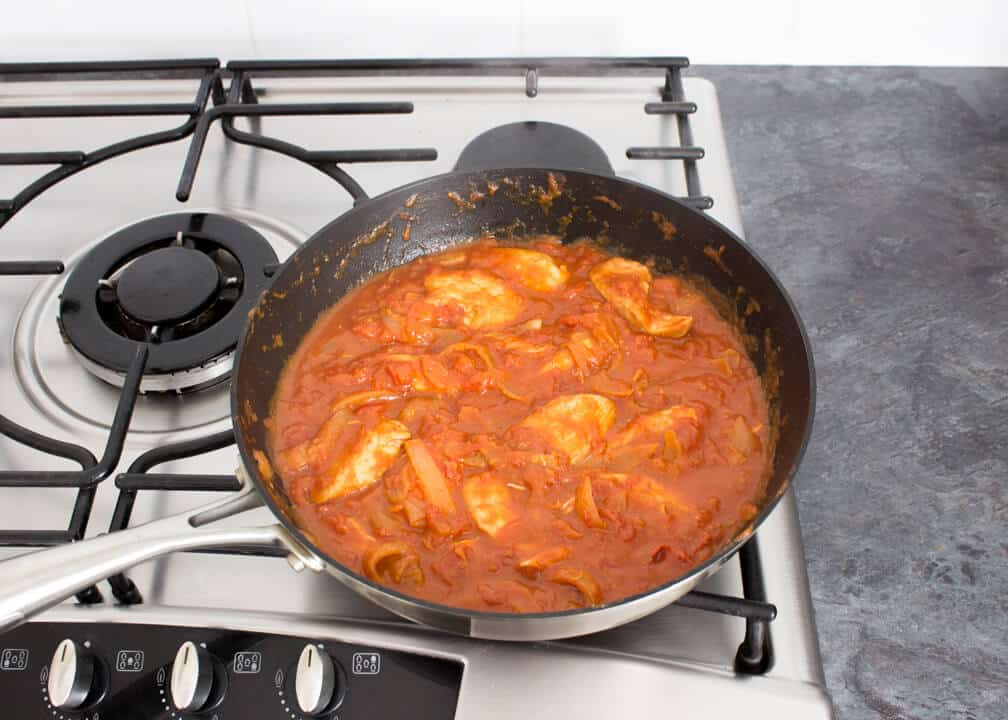 One Pot Tomato Chicken