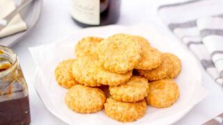 Super Simple Cheese Biscuits