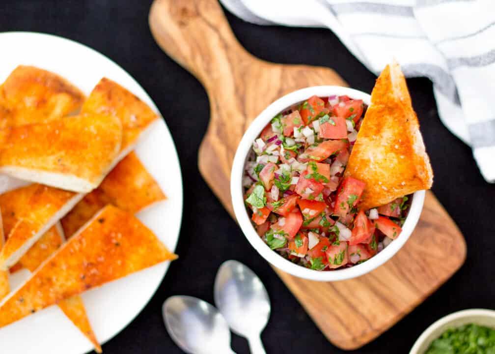 Fresh Tomato Chutney & Naan Dippers
