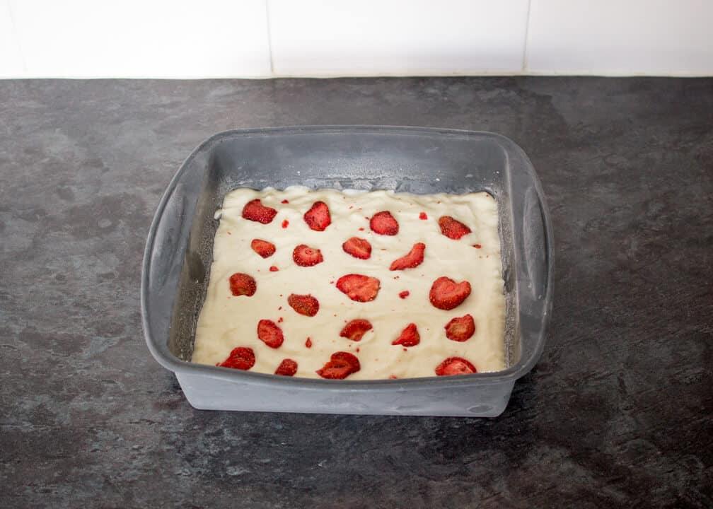 Frozen Strawberry & Yoghurt Bark