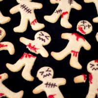 How to Make Super Easy Ginger-Dead Men Halloween Biscuits