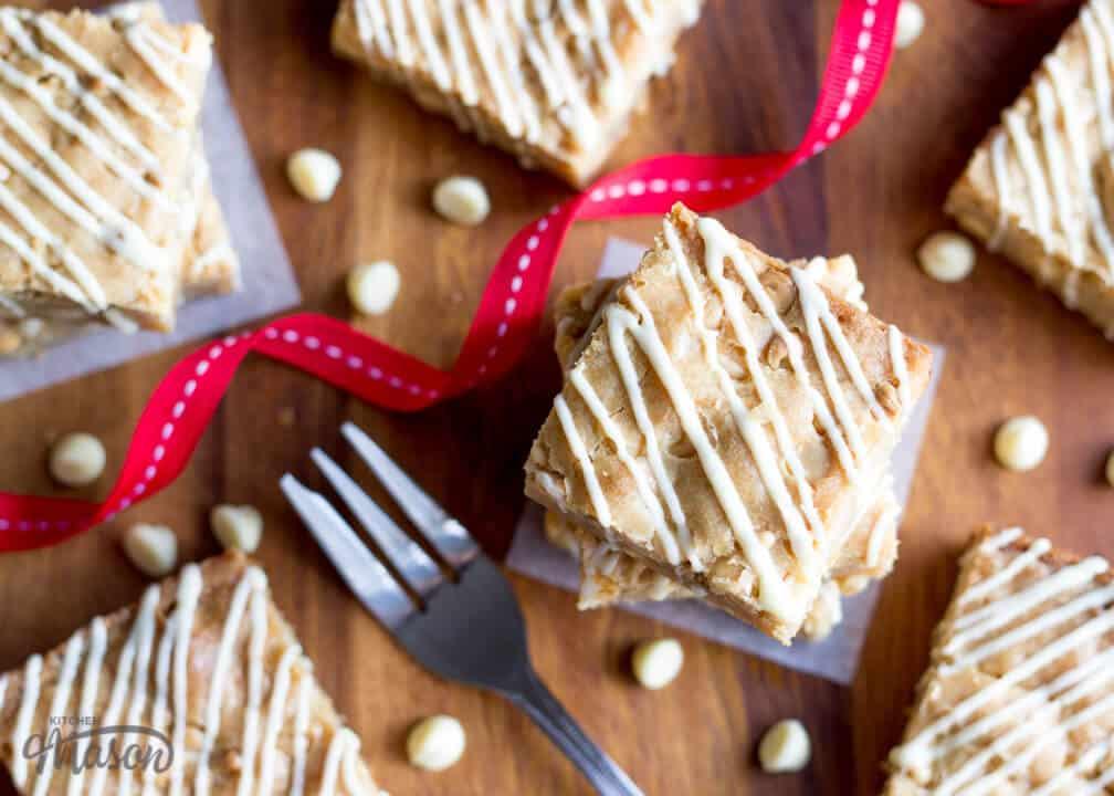 Easy Blondie Recipes | Easy Blondies Recipe | White Chocolate Chip Blondies