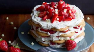 Showstopping Strawberries & Cream Icebox Cake