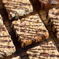 Super Easy Maple Pecan Flapjack Recipe