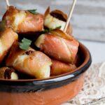 Party Snacks: Halloumi & Prosciutto Bites in a Dish