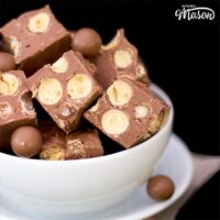 Magnificent Maltesers Microwave Fudge