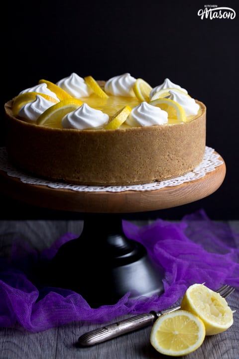 Lemon Cheesecake Recipe: lemon cheesecake on a cake stand