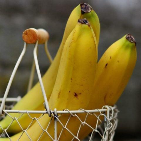 How to Keep Bananas Fresh for Longer