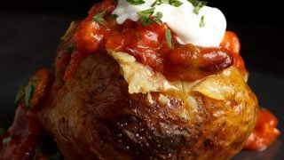 Easy Slow Cooker Jacket Potatoes